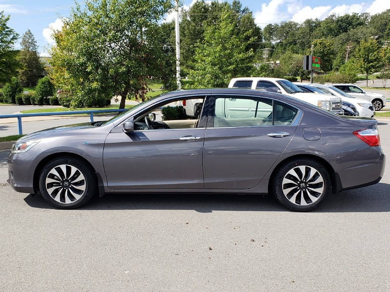Pre Owned 2014 Honda ACCORD HYBRID HYBRID EX L