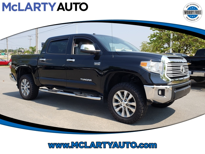 Pre-Owned 2017 TOYOTA TUNDRA LIMITED CREWMAX 5.5' BED 5.7L FFV