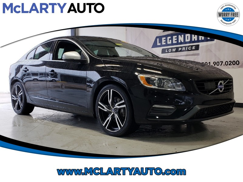 Pre-Owned 2017 VOLVO S60 T6 AWD R-DESIGN PLATINUM