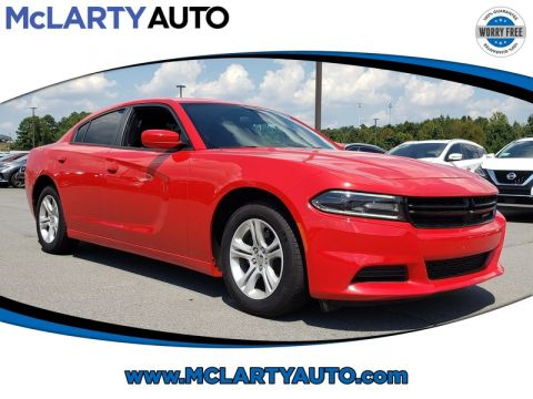 Pre-Owned 2018 DODGE CHARGER SXT RWD