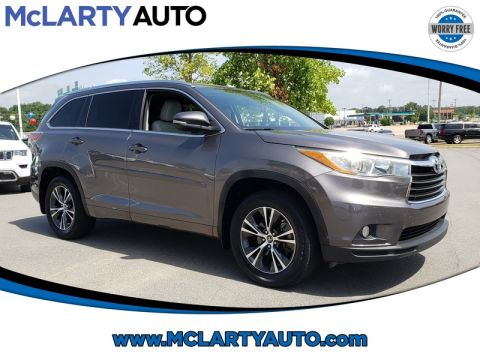 Pre-Owned 2016 TOYOTA HIGHLANDER AWD 4DR V6 XLE