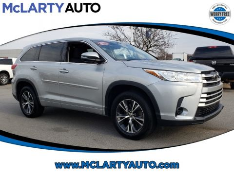 Pre-Owned 2017 TOYOTA HIGHLANDER LE I4 FWD