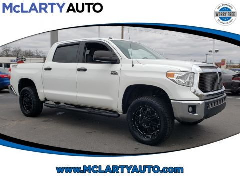 Pre-Owned 2015 TOYOTA TUNDRA CREWMAX 5.7L FFV V8 6-SPD AT